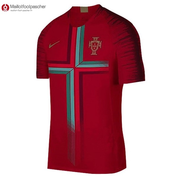 Maillot Foot Pas Cher Portugal Pre Match 2018 Rouge